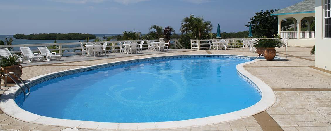 banner_karibik_honduras_roatan_turquoise_bay_pool