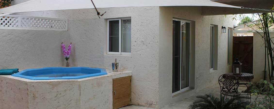 banner_karibik_dom_rep_bayahibe_guesthouse_pool_