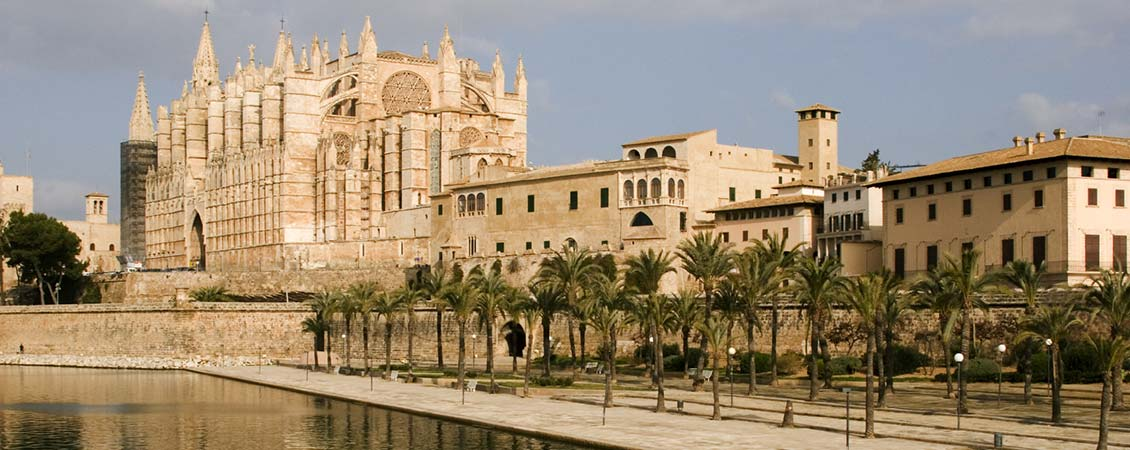banner_mittelmeer_spanien_mallorca_palma_cathedrale