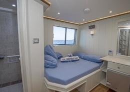Sea Serpent Contessa - Upper Deck Double Bed
