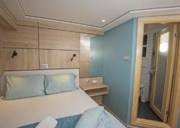Sea Serpent Serena - Upper Deck Double Bed Cabin