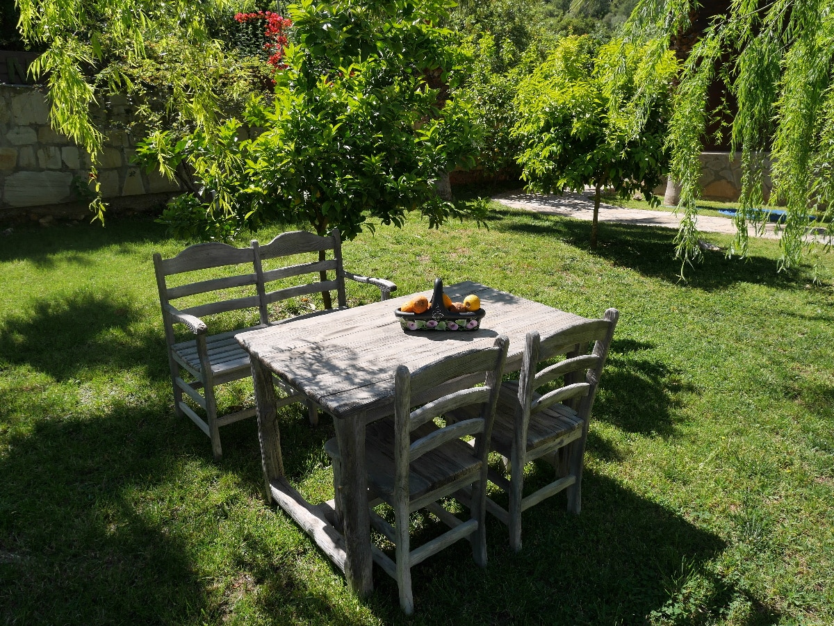 Outdoor Küche Aus Türkei : Outdoorküche tür türkisch pössl campster outdoorküche kühlbox